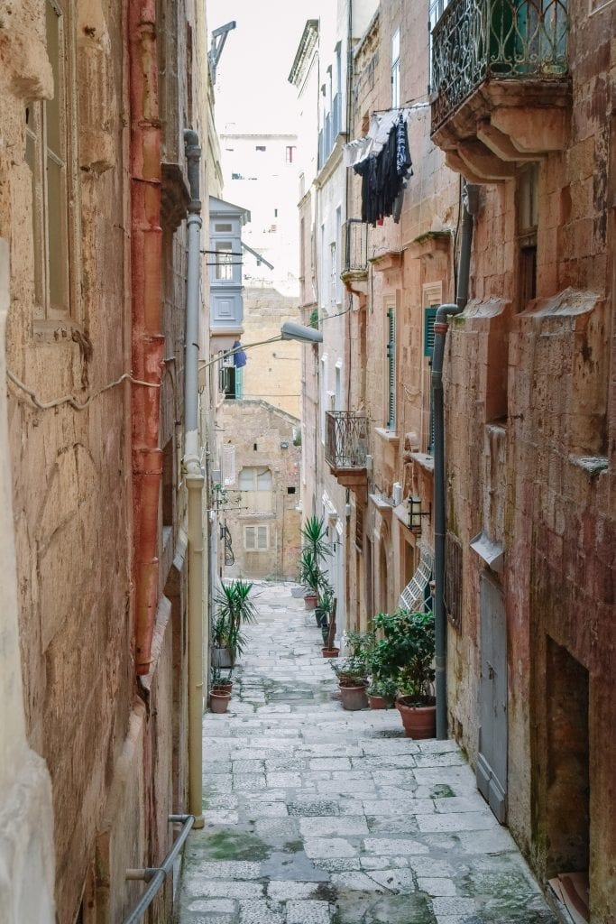 A Beginners Guide To Slow Travel - A Beautiful Alley In Valletta, Malta