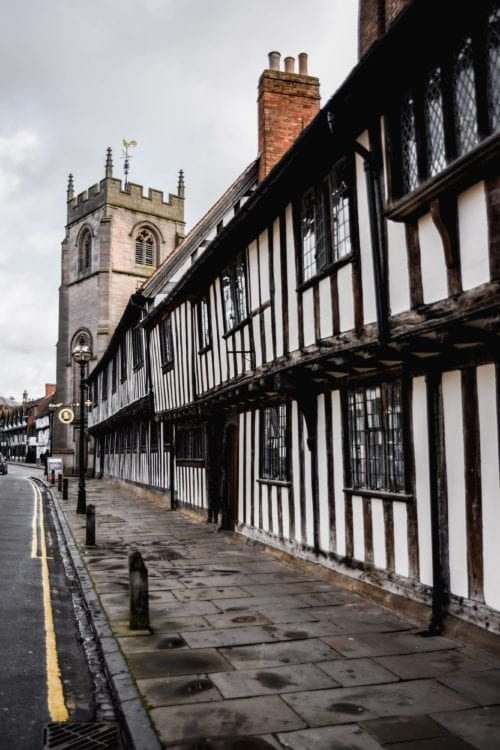 Discovering Hotel Indigo Stratford-Upon-Avon And The Clues To The Neighbourhood